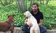 Rafael Vitti apresenta seus cachorrinhos de estimação