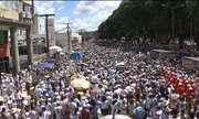 Lavagem do Bonfim reúne fiéis de várias religiões em Salvador