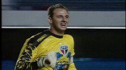 Em 2002, Ceni participa de goleada sobre o Figueirense