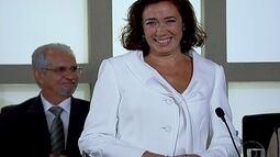 Cap 23/03 - Cena: Griselda discursa para a turma de Antenor
