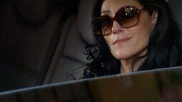 Cap 23/03 - Cena: Griselda vê Tereza Cristina dentro de um carro