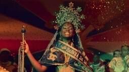 Conceição é coroada rainha de bateria de escola de samba e Cleiton se entrega ao Senhor