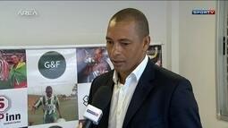 Gilberto Silva anuncia aposentadoria dos gramados depois de 20 anos de carreira