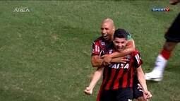 Retrospectiva 2015: Vitória preocupa no início do ano, mas garante volta para a Série A