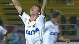 Fluminense perde para o Atlético-PR em Volta Redonda com gol do ex-tricolor Vinícius