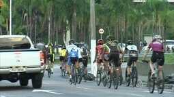 Grupo de ciclistas de Jundiaí realiza ato contra a falta de segurança