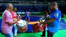 Samba e Olimpíadas se misturam pra marcar o início do carnaval