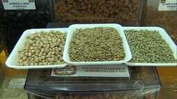 Produtos em conserva são encontrados in natura nos Mercados Centrais