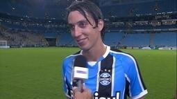 """Geromel fala da """"defesa"""" que garantiu vitória do Grêmio: """"importante não tomar gol"""""""