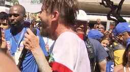 Saulo arrasta multidão na 'pipoca' no Campo Grande
