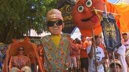 Se fantasiar de Chico Science virou moda no carnaval de Olinda e Recife