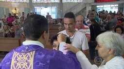 Fiéis participam de missas na Quarta-feira de Cinzas, em Belo Horizonte