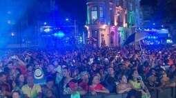 Na Terça Gorda, despedida do carnaval no Recife Antigo durou até de manhã