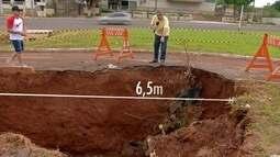 Crateras assustam quem passa na Gury Marques e no Maria Ap. Pedrossian, em Campo Grande