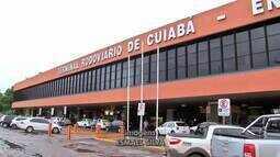 Movimento na rodoviária de Cuiabá é menor que no ano passado