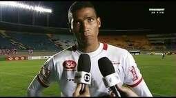 """Edson lamenta novo tropeço do Vila, mas vê empenho: """"Estamos lutando"""""""