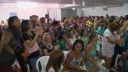 Professores da rede municipal de Feira iniciam greve no primeiro dia do ano letivo