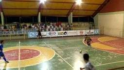Goleiro se destaca e Mendes goleia Itatiaia por 9 a 4 pela Copa Rio Sul de Futsal
