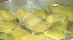 Aprenda a fazer a tradicional receita de pamonha