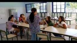Educação do RJ anuncia medidas, mas alunos mantêm ocupação de escola em Macaé