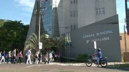 Servidores da saúde de Umuarama fazem reunião com vereadores