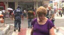 Fiscalização orienta ambulantes sobre normas de acessibilidade em Arapiraca