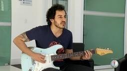 Guitarrista cearense encerra noite de shows do Fest Bossa & Jazz em Mossoró