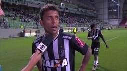 """""""Um jogo para esquecer"""", diz Marcos Rocha após derrota"""