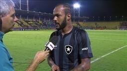 """Bruno Silva assume culpa no gol da vitória do Fluminense: """"Assumo a responsabilidade"""""""