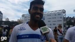 Dos Santos comemora título do Vitória-ES na Série B do Capixabão