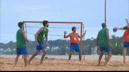 Seleção brasileira de handebol de areia treina em João Pessoa