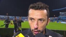 """Nenê pede que Vasco volta a intensidade de antes: """"Não pode continuar desse jeito"""""""