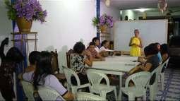 Projeto prepara alunos de baixa renda para o ENEM