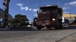 Exame toxicológico passa a ser obrigatório para caminhoneiros e motorista de ônibus, em GO