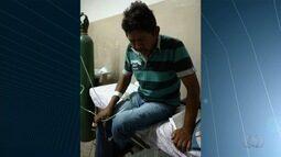 Paciente espera por vaga há cinco dias na sala de sutura de um Cais, em Goiânia