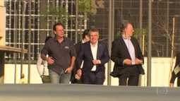 Presidente do COI visita Vila Olímpica e diz estar confiante
