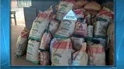 Polícia apreende 318 kg de carvão vendidos de forma irregular