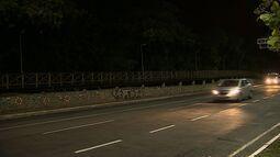 População reclama de falta de manutenção de passarela do Parque dos Cajueiros