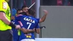 Os gols de Cruzeiro 4 x 2 Internacional pela 18ª rodada do Brasileirão