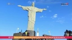 Tocha olímpica chega ao Cristo Redentor