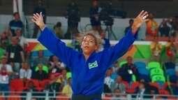 Lágrima, suor e superação: Rafaela Silva conquista primeira medalha de ouro do Brasil