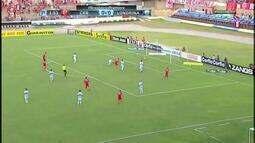 Defendeeeu! CRB começa o 2ºT atacando e Marcelo Rangel salva gol de Zé Carlos