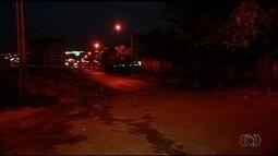 Mulher autista é levada por assaltante durante roubo de carro, em Itumbiara