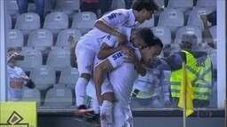 Com volta de olímpicos, Santos derrota o Vasco pela ida das oitavas da Copa do Brasil