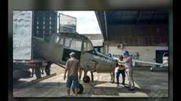 PRF apreendeu um caminhão que transportava partes de uma aeronave sem documentação