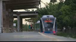 Usuários de trens reclamam da insegurança em algumas estações da Grande JP