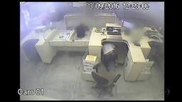 Polícia Federal divulga imagens do assalto aos Correios que deixou três feridos