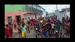 Passeata de bandidos comemora 'paz' entre duas quadrilhas no Ceará