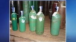 Três homens são presos suspeitos de adulterar cilindros de oxigênio em Caçador
