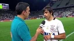 Romero fala sobre críticas e diz que está contente com vitória do Corinthians